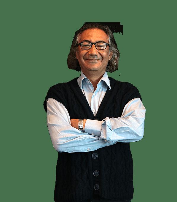 Prof. Afif Sıddıki Fotoğraf, adam poz veriyor